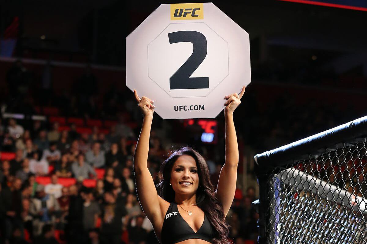 betting lines ufc 132