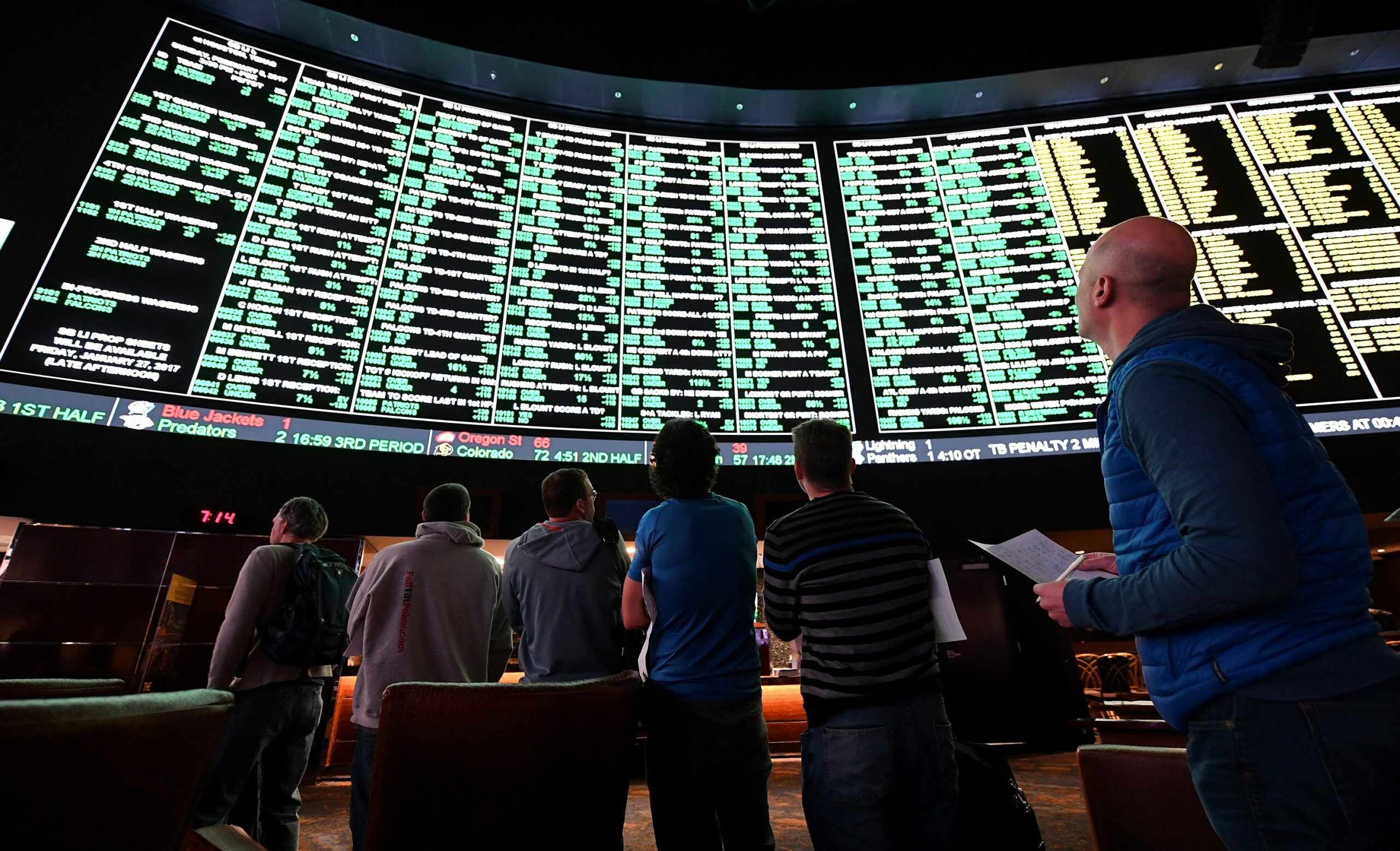 Spread betting on sports from a professional gambler taxes forecast meaning in betting what is a push